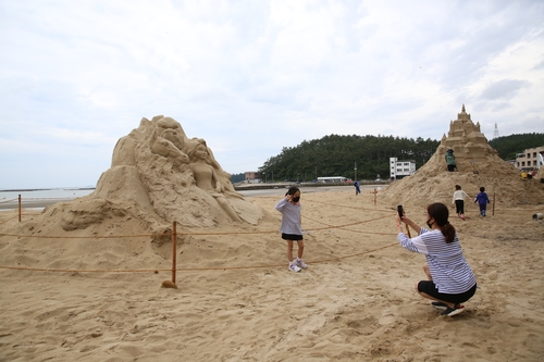 대형 모래 조각·카약…해남 송호해수욕장 볼거리·체험 가득