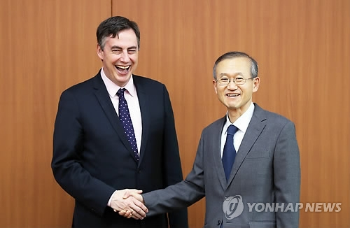 Senior member of EU parliament vows support for Korean denuclearization, unification - 1