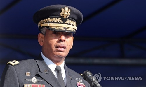 This photo, taken on Nov. 21, 2017, shows Vincent Brooks, the commander of the U.S. Forces Korea attending a military event at the Yongsan Garrison in Seoul. (Yonhap)