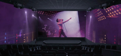 "This picture provided by CGV shows a scene from ""Bohemian Rhapsody"" screened in a ScreenX room. (Yonhap)"