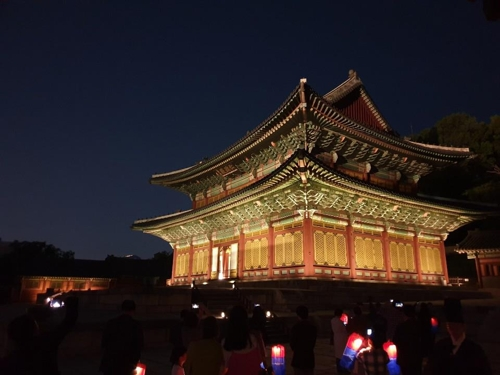 This photo, taken during the Moonlight Tour on May 16, 2019, shows Injeongjeon, the main hall of Changdeok Palace in Seoul. (Yonhap)