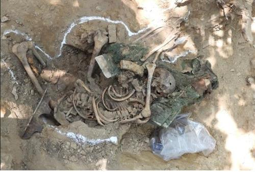 This photo, provided by the defense ministry on June 9, 2019, shows remains believed to be of a United Nations soldier who fought in the 1950-53 Korean War. (Yonhap)