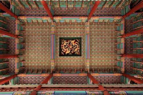 Joseon royal palace Gyeongbok's ornate throne hall to be opened to public