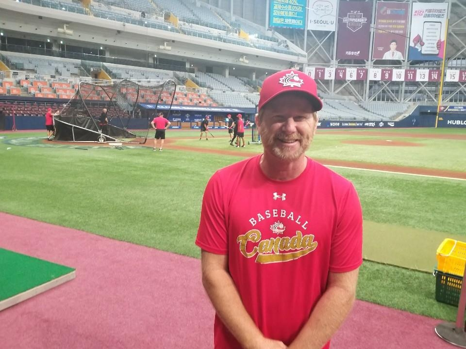 Tim Leiper, a coach for Canada at the Premier12 baseball tournament, poses for a photo after an interview with Yonhap News Agency at Gocheok Sky Dome in Seoul on Nov. 5, 2019. (Yonhap)
