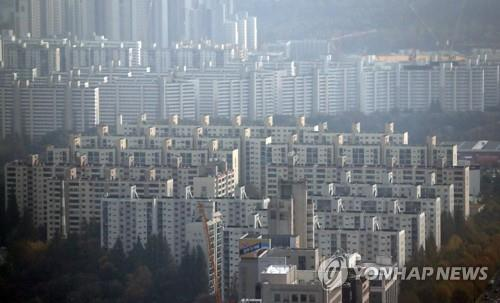 (LEAD) Seoul unveils plan to invigorate reverse mortgages for elderly homeowners - 1