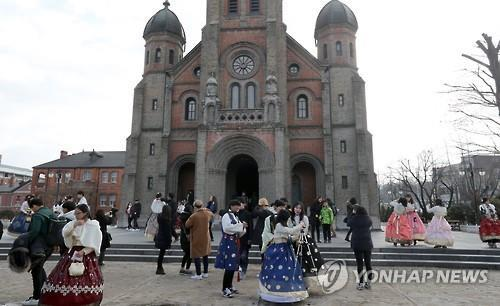 Jeondong Catholic Cathedral in Jeonju (Yonhap)