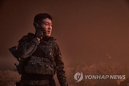 (Yonhap Interview) Actor Ha Jung-woo faces 'unprecedented mission' in new disaster movie