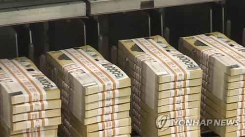 (LEAD) Money supply in S. Korea continues to rise in Nov.