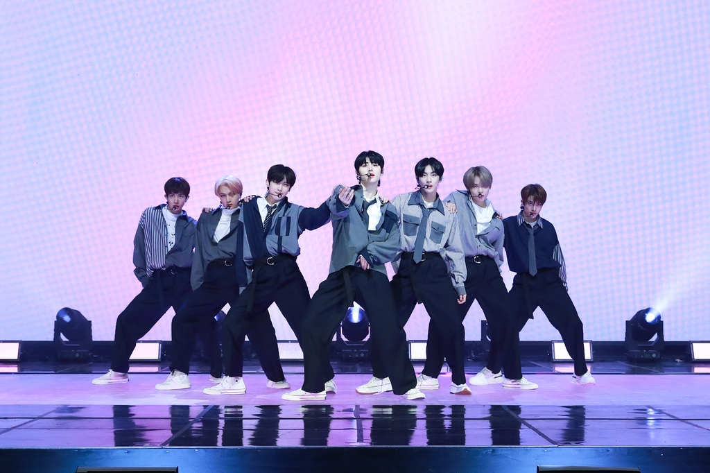 "This photo, provided by Belift Lab, shows members of rookie boy band ENHYPEN performing ""Let Me In (20 CUBE)"" during a media showcase held online on Nov. 30, 2020. (PHOTO NOT FOR SALE) (Yonhap)"