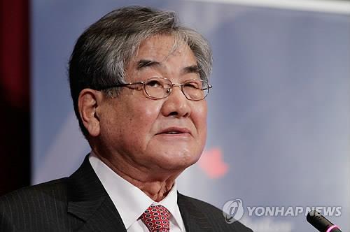 '디펜베이커 인권상' 시상식에 참석한 윤현 북한인권시민연합 이사장
