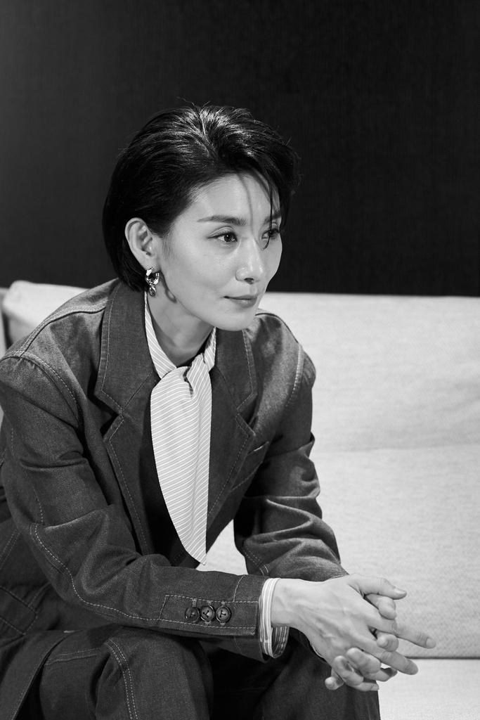 배우 김서형