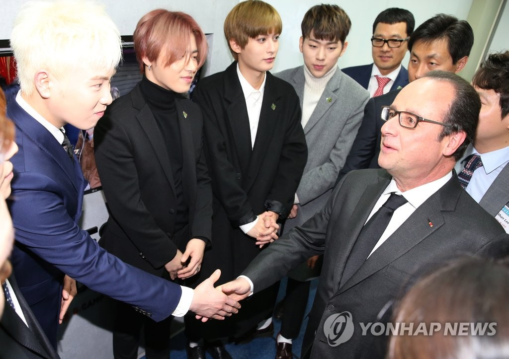 Hollande avec Block B