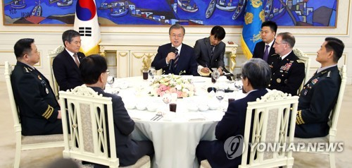 (LEAD) Moon says strong alliance behind continued dialogue mood with N. Korea