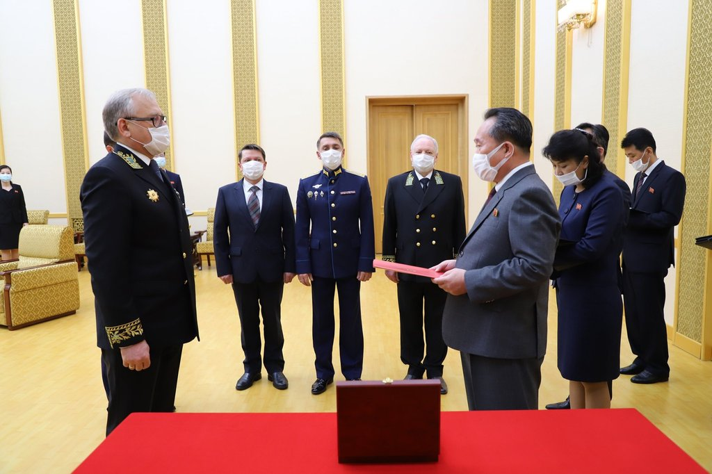 Russia confers medal marking victory over Germany on N. Korea