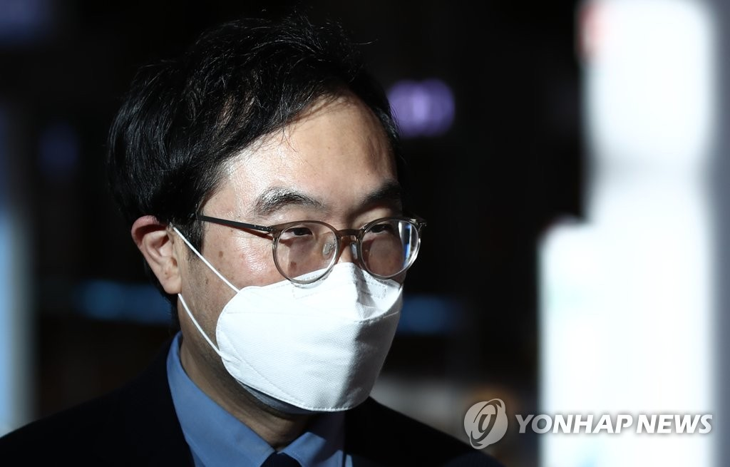 Lee Do-hoon, special representative for Korean Peninsula peace and security affairs, arrives at Incheon International Airport, west of Seoul, on June 20, 2020, after a three-day visit to Washington. (Yonhap)
