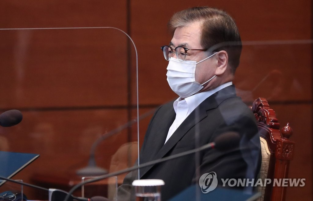 Suh Hoon, director of national security at Cheong Wa Dae, in a file photo (Yonhap)